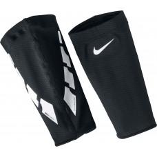 Тримачі футбольних щитків Nike Guard Lock Elite SE0173-011